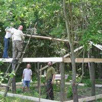 Строительство летнего лагеря
